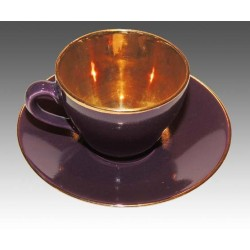 Beautiful lilla Mocca cup with gold inside